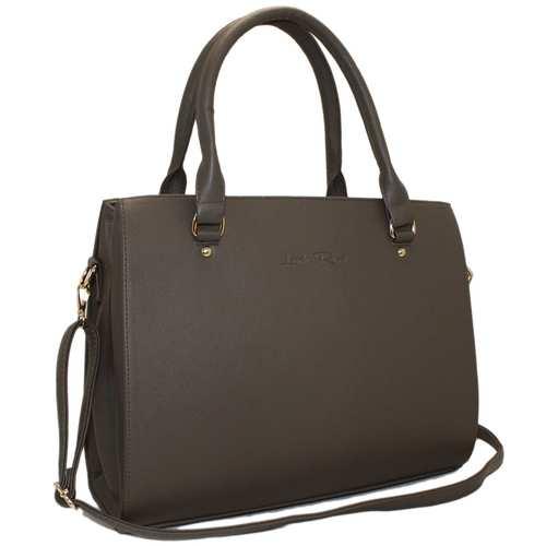 Жіноча сумка зі шкірзамінника високої якості, великого формату, дуже вмістка. Одне відділення, дві ручки середньої довжини та одна регульована довга.Класичний стиль